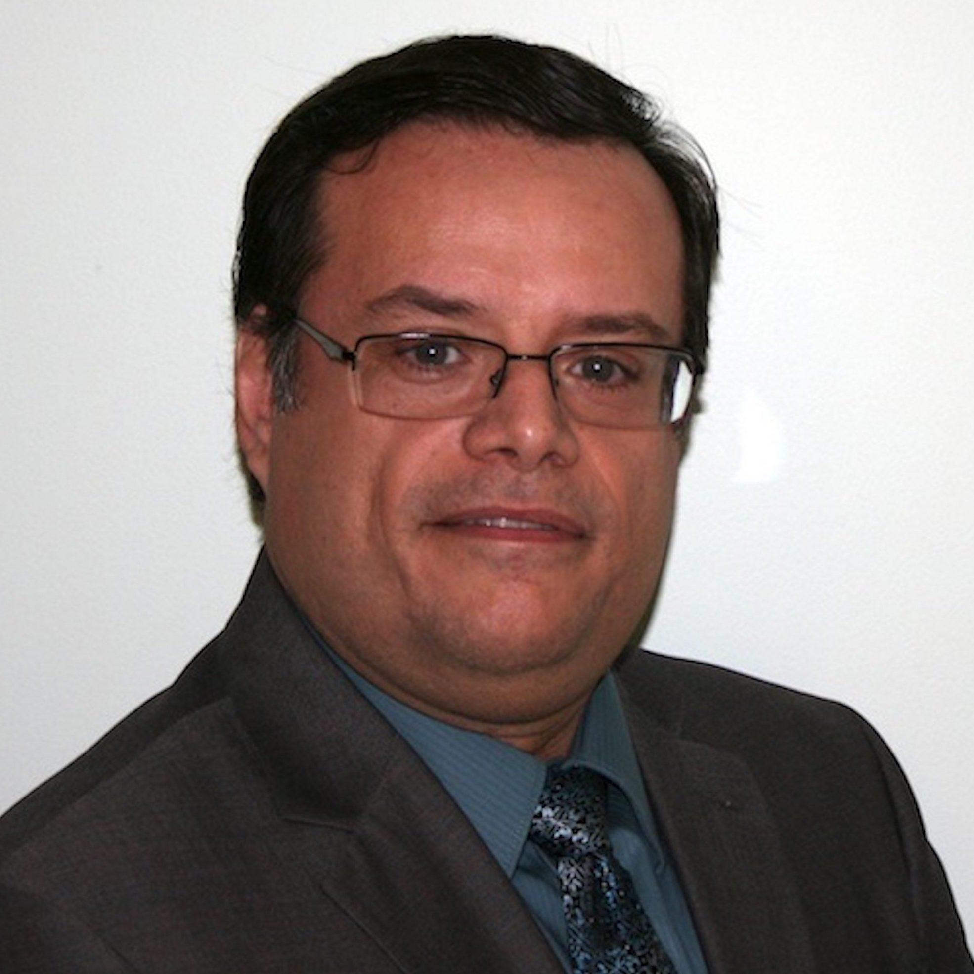 Luis Suau